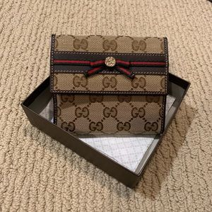 NWT Authentic Gucci Canvas Bow Trifold Wallet